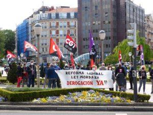 """Concentración de CGT/LKN Bizkaia contra las Reformas Laborales y el desinterés del  actual Gobierno """"progresista"""" para derogarlas (Vídeo)"""