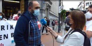 Varios cientos de personas se concentran en Bilbao contra los despidos masivos en el BBVA (Vídeo)